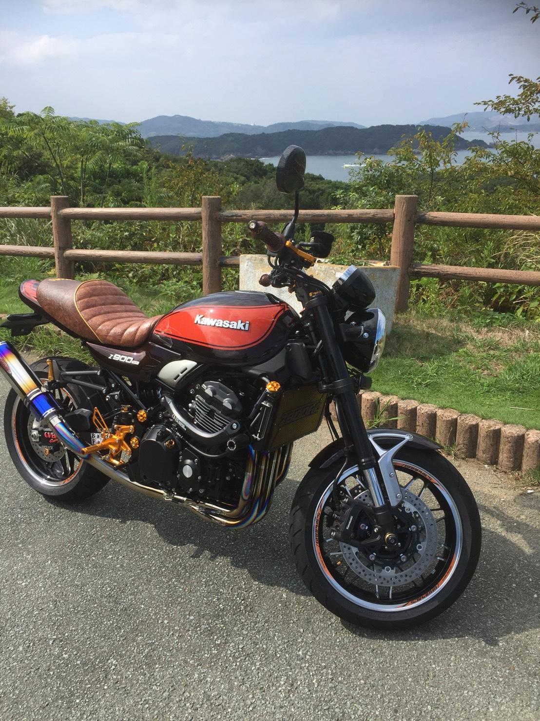 Kawasaki Z900RSカフェ シート張替え
