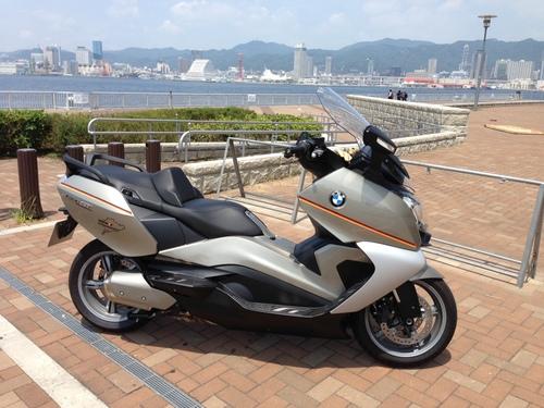 BMW C650GT シート張替え