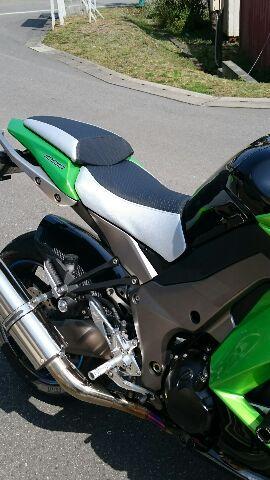 Kawasaki Ninja1000 シート張替え 装着画像