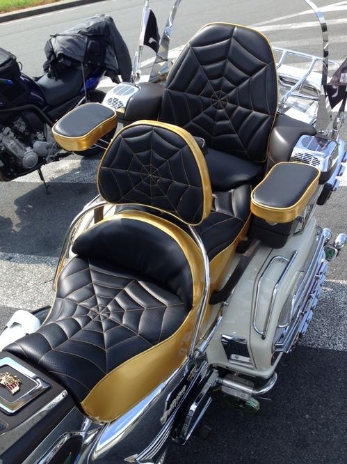HONDA ゴールドウイング GL1500 シート張替え