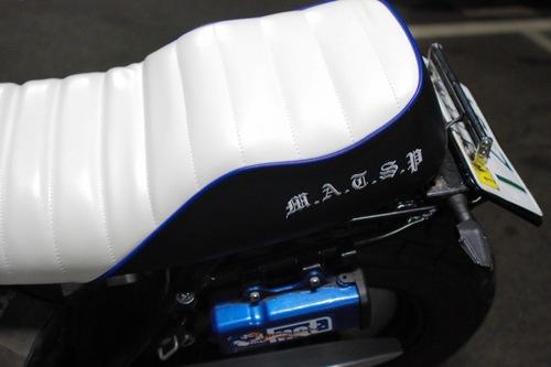 TW225シート張替え 装着画像