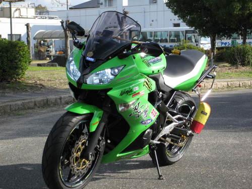 カワサキ ニンジャ400(Ninja400) シート張替え 装着画像
