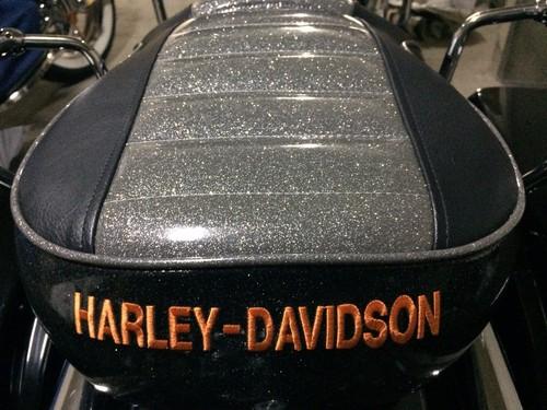 ハーレーダビッドソン ロードグライド シート張替え 装着画像
