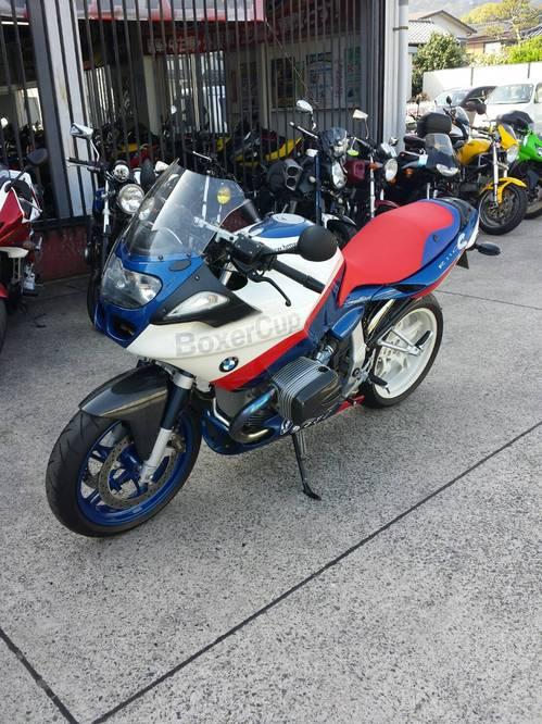 BMW R1100S シート張替え 装着画像