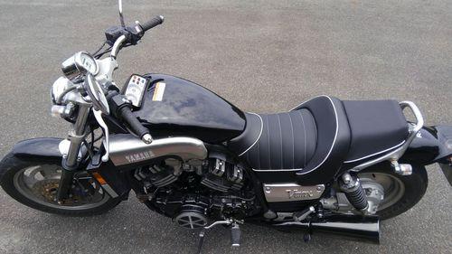 V-MAX 1200のシート張替え